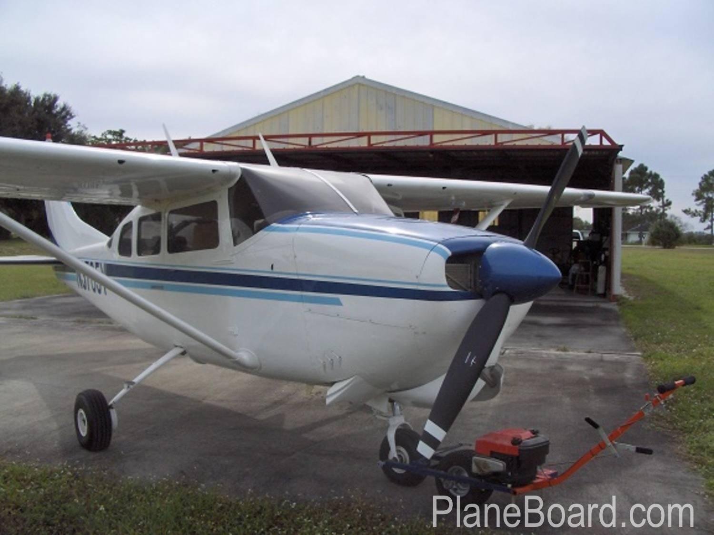 1964 Cessna 210D primary