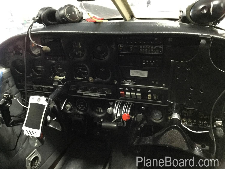 1969 Piper Cherokee 140 exterior 15