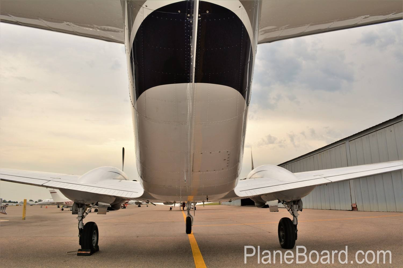 1977 Beechcraft King Air C90 exterior 0