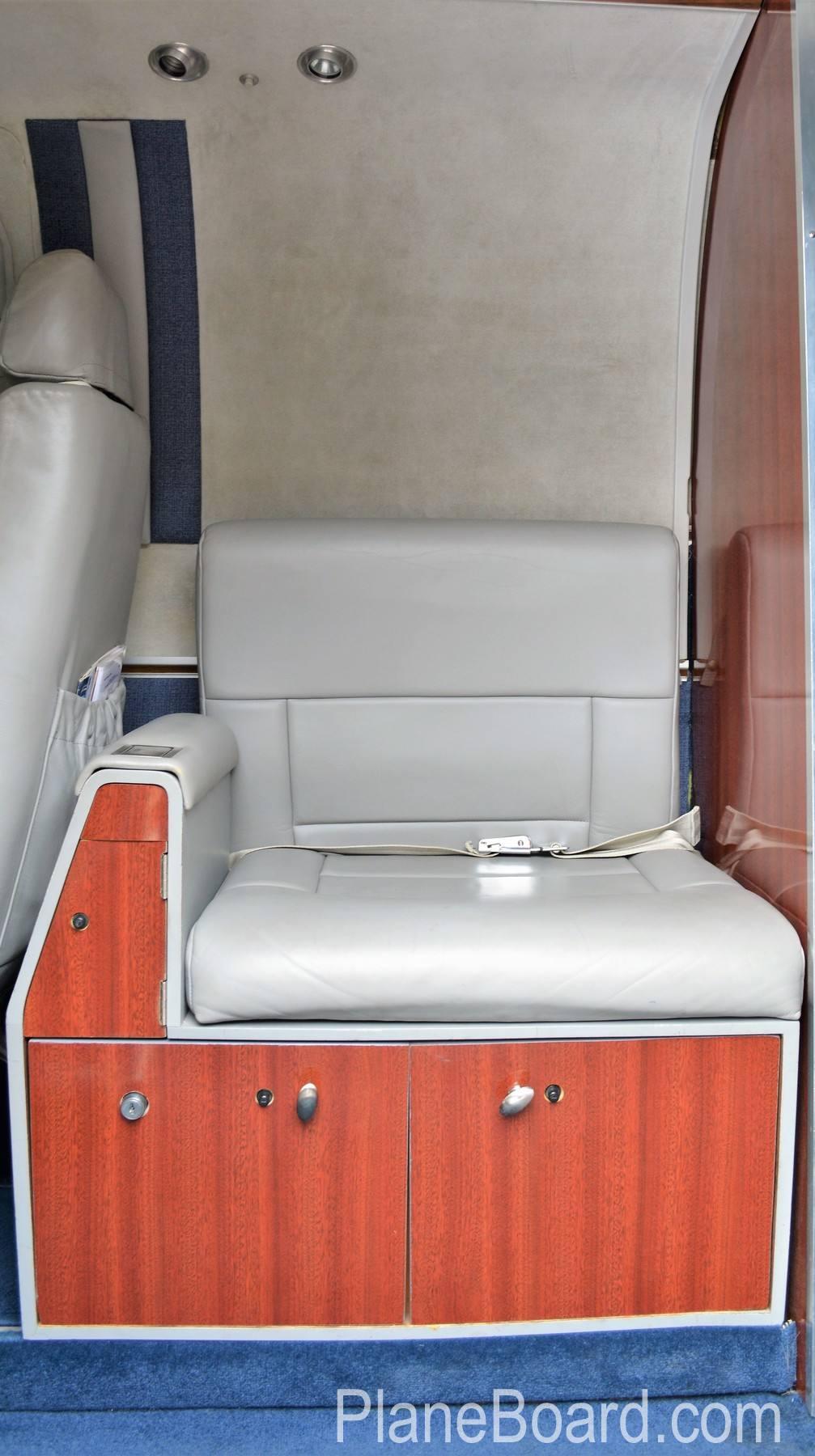 1977 Beechcraft King Air C90 interior 17