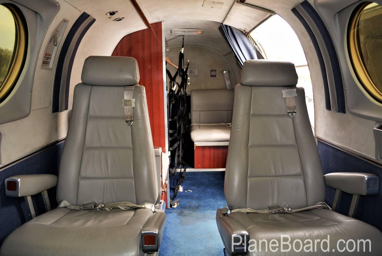 1977 Beechcraft King Air C90 interior 15