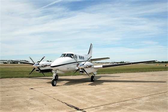 2000 Beechcraft King Air C90B