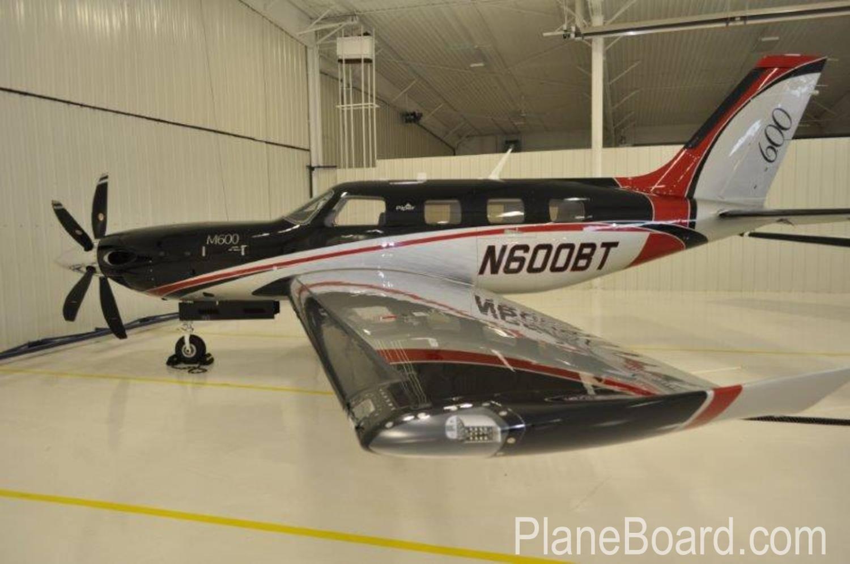2016 Piper Meridian exterior 1