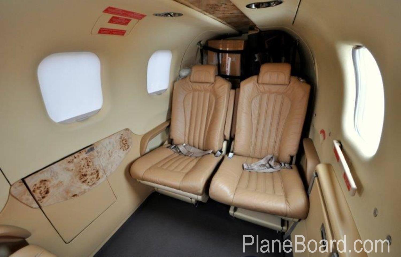 2014 Socata TBM 900 interior 9