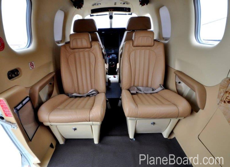 2014 Socata TBM 900 interior 8