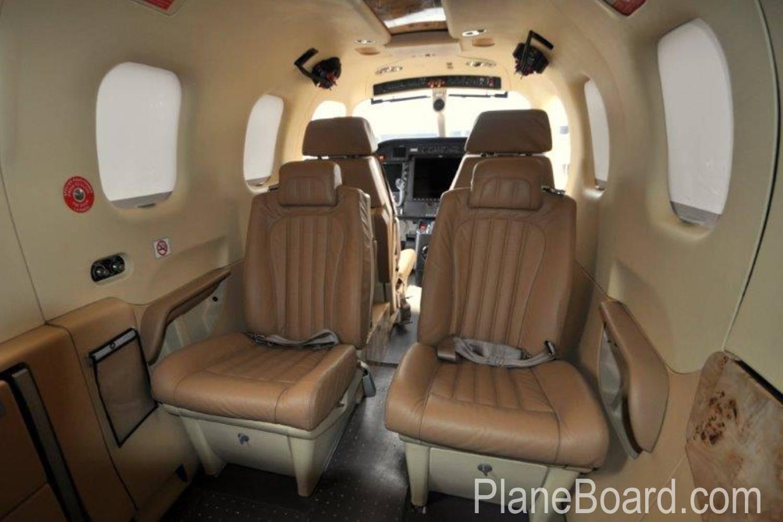 2014 Socata TBM 900 interior 6