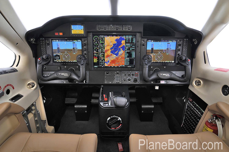 2014 Socata TBM 900 interior 5