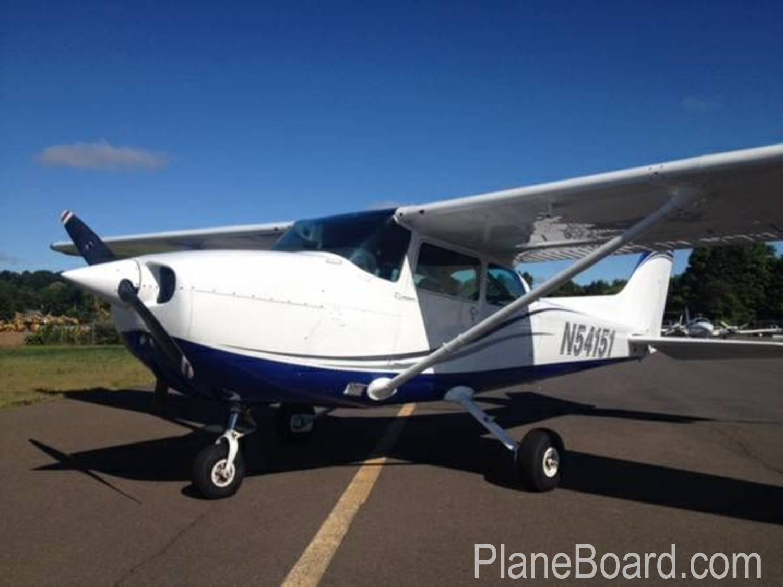 1981 Cessna 172P Skyhawk primary