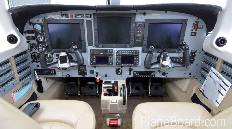 2008 Piper Meridian interior 5