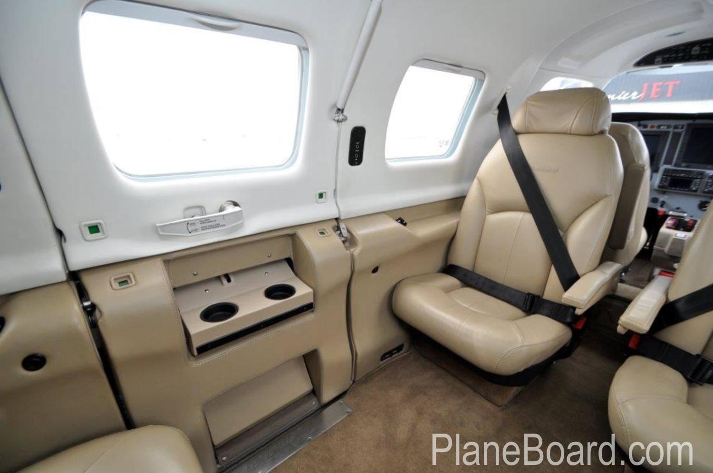 2008 Piper Meridian interior 4