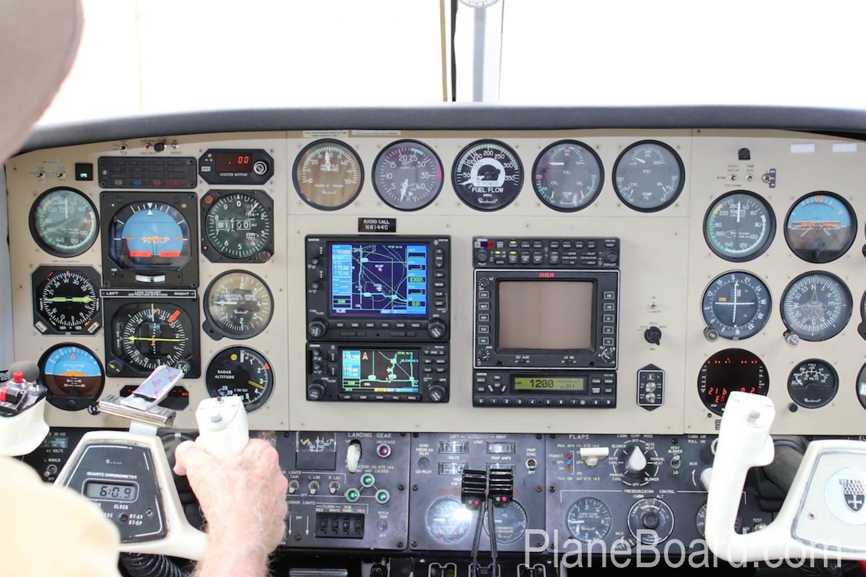 1981 Beechcraft B60 Duke interior 18