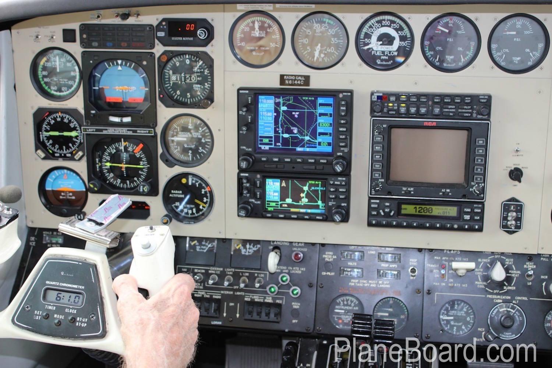 1981 Beechcraft B60 Duke interior 17