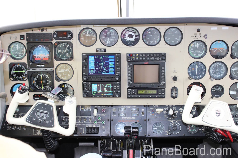1981 Beechcraft B60 Duke interior 13