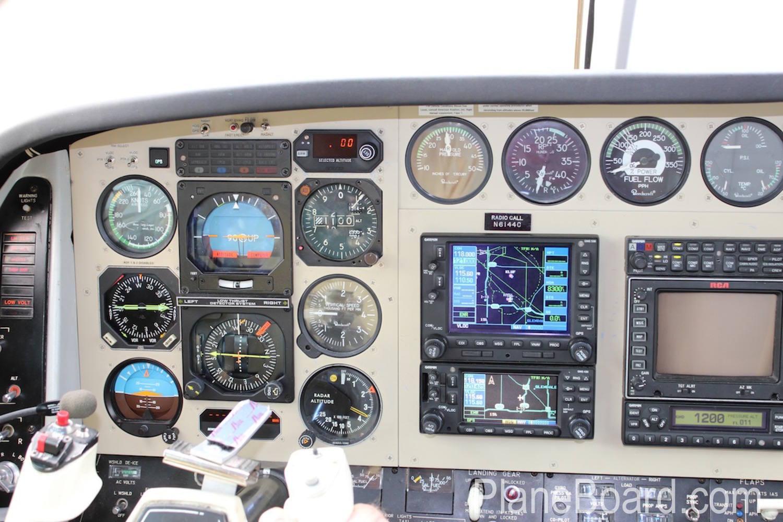 1981 Beechcraft B60 Duke interior 12
