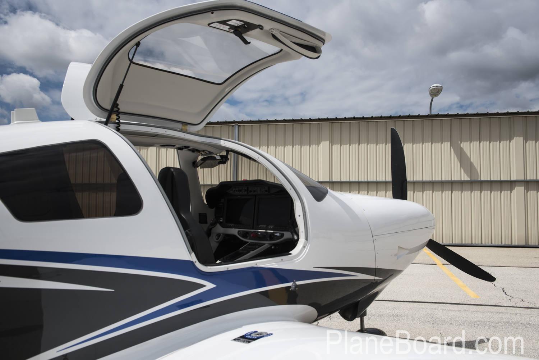 2015 Cessna TTX primary