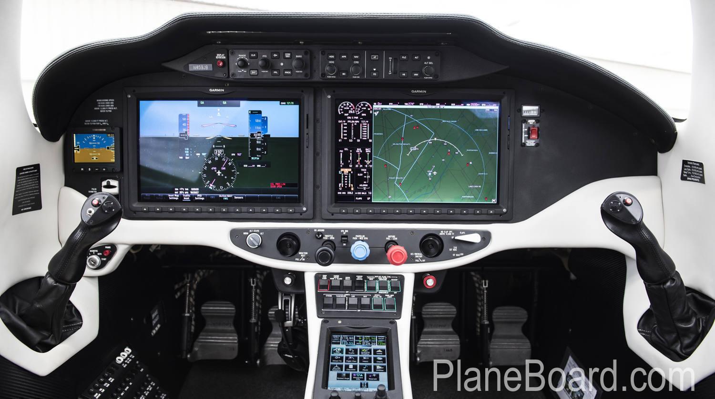2015 Cessna TTX interior 3