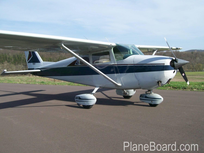 1962 Cessna 172C Skyhawk primary
