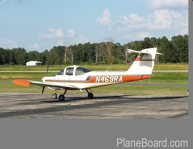1978 Piper Tomahawk exterior 1
