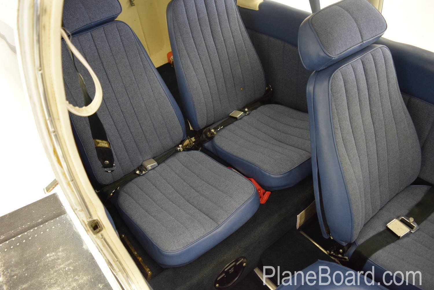 1973 Piper Charger 235 interior 16