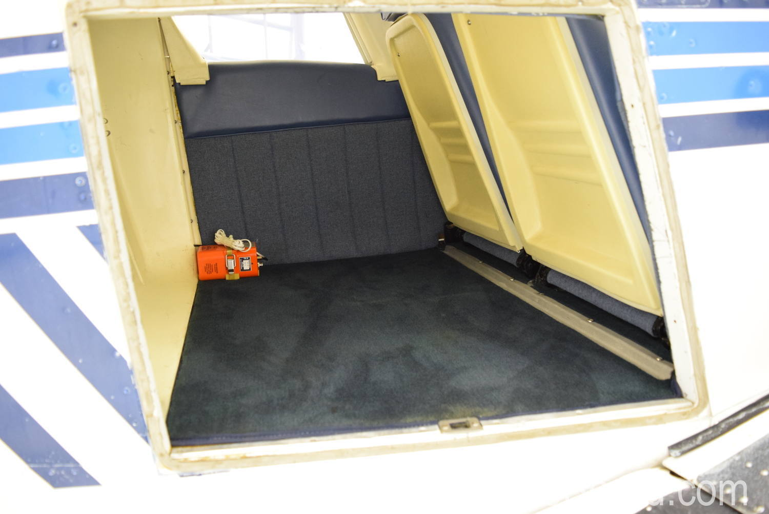 1973 Piper Charger 235 interior 14