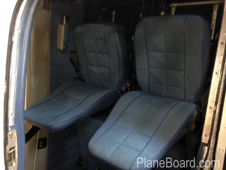 1981 Piper Arrow IV interior 10