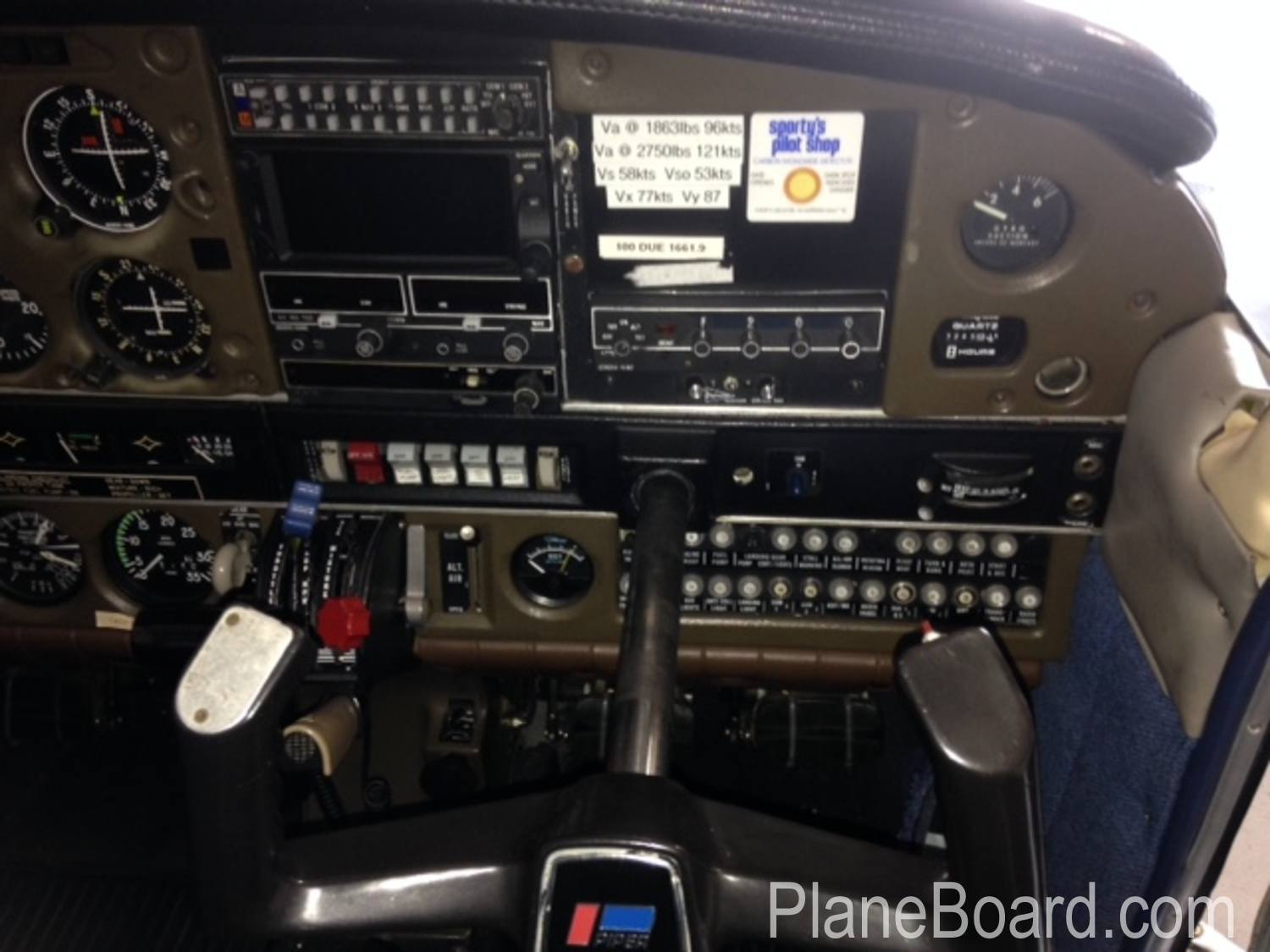 1981 Piper Arrow IV interior 6