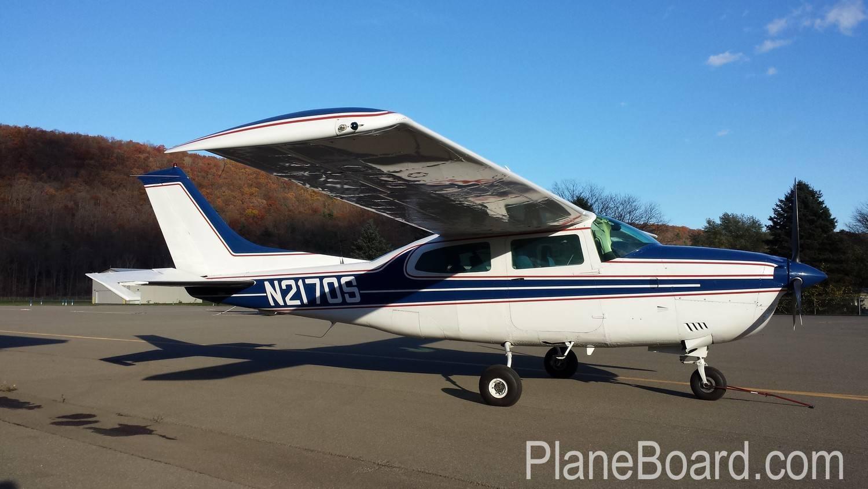 1976 Cessna 210L primary